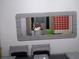 Mesa com 6 cadeiras+ espelhos de parede