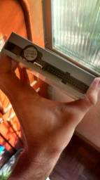 Leitor de disquetes e disquete