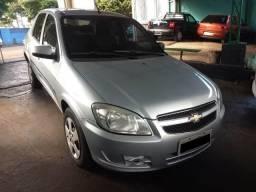 Gm - Chevrolet Prisma - 2012