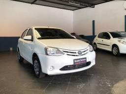 Toyota Etios X 1.3 Flex 2014 Completo