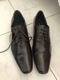 Sapato Democrata couro legitimo 41 marrom (retirada em botafogo)