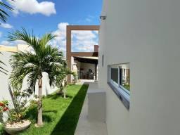 Casa no Condomínio Portal das Águas, com: 4 dormitórios