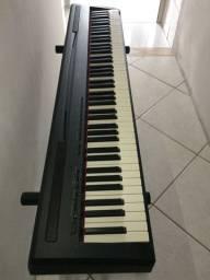 Piano Digital Yamaha P95 + Estante Saty 2040 + Pedal Sustain Onerr MS5