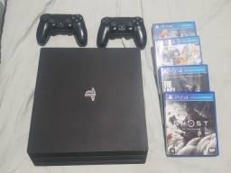 PS4 PRO com 48 jogos