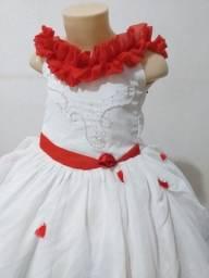Vende-se Vestido de Daminha Branco e Vermelho. Usado 4x