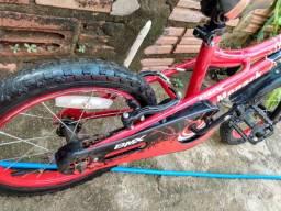 Bicicleta bem conservada infantil 220$