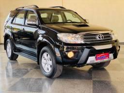 Toyota - Hilux Sw4