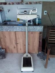 Balança de medida de peso e altura