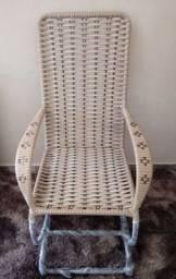 Cadeira de balanço de fibra sintética