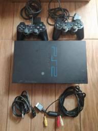 PS 2 FAT com 2 controles