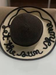 Chapéus personalizados com nome