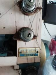 Máquina overlock chinesinha