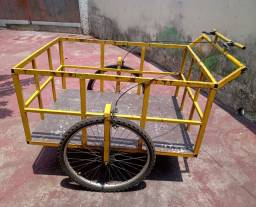 Carrinho manual triciclo