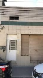 Casa comercial duplex, 8 salas, 7 banheiros, R$ 600.000