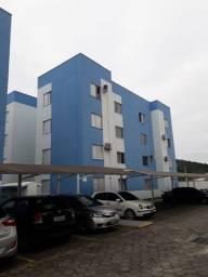 Apartamento semi mobiliado em São José