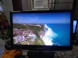 Monitor Samsung 20 polegadas não tem HDMI tem um risco na tela