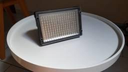 Iluminador led 160 lâmpadas usado pouquíssimas vezes