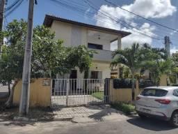Casa dúplex  ( Condominio fechado Abrantes(