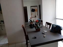 Aluga-se Apartamento Mobiliado
