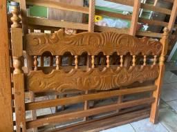 Vendo cama de casal madeira