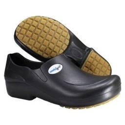 Sapato De Eva Preto Ou Branco Solado De Borracha/Caramelo - Worklight
