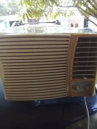 Ar condicionado Springer 7500 btu 220w