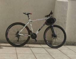 Bicicleta aro 29 GTSM1 Explorer 2.0