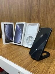iPhone XR 128GB Preto 1 mês de uso apenas na caixa