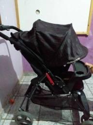 Carinho de bebê marca Galzerano