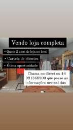 Loja de roupas em funcionamento