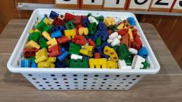 Lego 130 peças em cada caixa