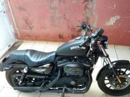 Harley  davison 883 2012