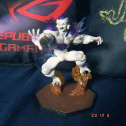 Action figure freeza 100% FullPower