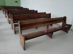 Bancos para igrejas. Usados com ótimo preço