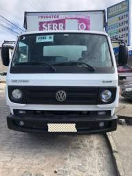 Caminhão 8-160