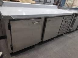 Balcão refrigerado total aço inox interno e externo 304  - Gizelle