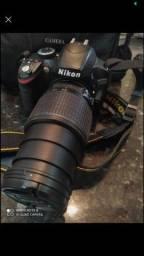 Câmera Nikon semi profissional D3200 DSLR