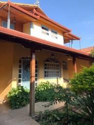 Título do anúncio: Belíssima casa  2 pavimentos, em Betim, MG