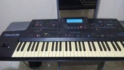 Vendo teclado Roland E96
