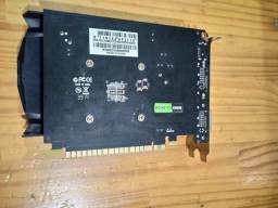 Placa de vídeo GT 730 2gb ddr3