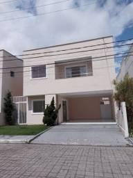 Alugo casa em condomínio fechado na Avenida Mario Andreazza