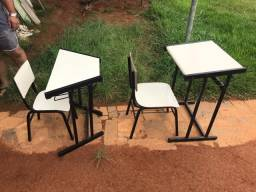 Carteiras escolares: conjunto mesa/cadeira