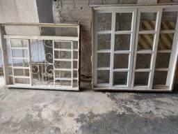 Janela de madeira e janela ferro