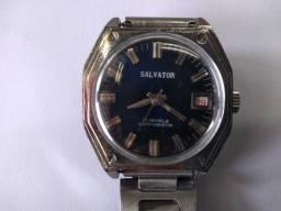 Relógio Salvator antigo