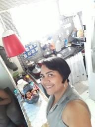 Alugo casa em Caratoira -800,00 03 quartos e quintal- *