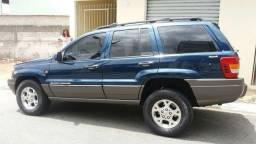 Grand Cherokee Laredo 2000