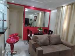 Apartamento 2Qts com garagem Cond.Quintanilha 1A