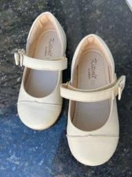 Desapego: Sapatos de couro infantil n23 bege e azul escuro