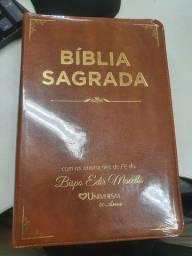 Bíblia Sagrada (Universal)