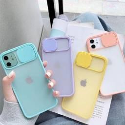Case com proteção para camera iPhone